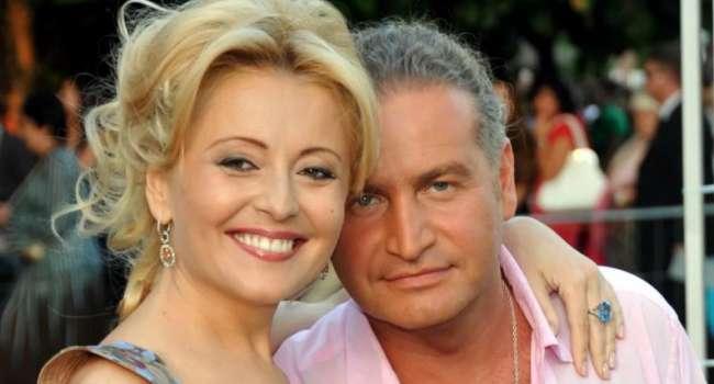 «Должна была бросить к чёртовой матери и не трепать себе нервы»: Агутин рассказал о проблемах в браке с Варум