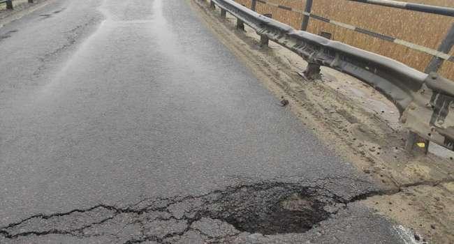 Романенко: два дня назад обращали внимание на аварийное состояние моста на трассе Луцк-Киев. Результат известен