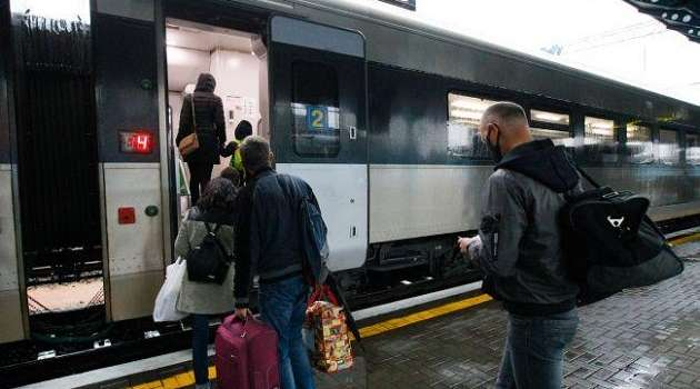 Уже в июне: «Укрзализныця» анонсировала возобновление поездов в Венгрию и Австрию