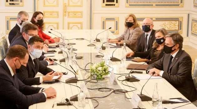 «Полный сумбур в голове»: дипломат  рассказал, как американскую делегацию поразило поведение Зеленского