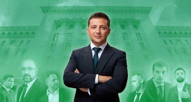 Политтехнолог: Зеленский так борется с олигархами, что те ему должны еще и доплачивать