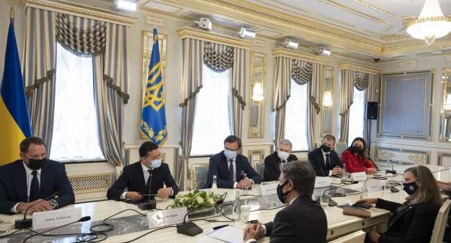 Президент Украины утвердил положение о Центре противодействия информации