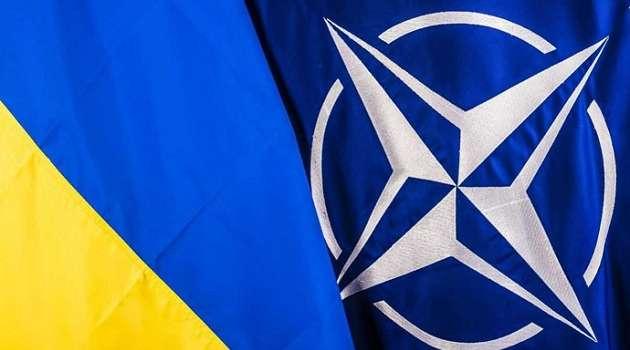 Не следует терять бдительность: адмирал НАТО спрогнозировал нападение Путина на Украину