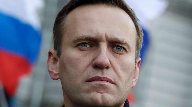 Часть сотрудников фонда Навального вывезли из России после обысков