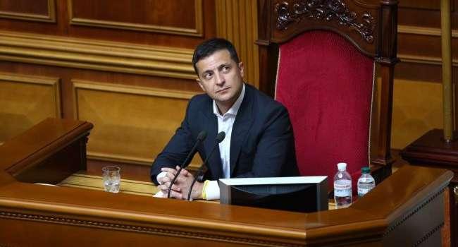 Уколов: Зеленский должен разогнать эту Верховную Раду, а затем и сам подать в отставку – так было бы в нормальной ситуации