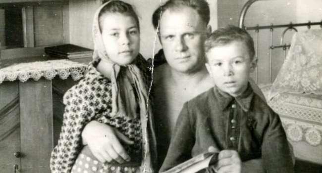 Знамя Победы на крыше Рейхстага не повод: лейтенант Алексей Берест так и не стал Героем Советского Союза, потому что родился украинцем