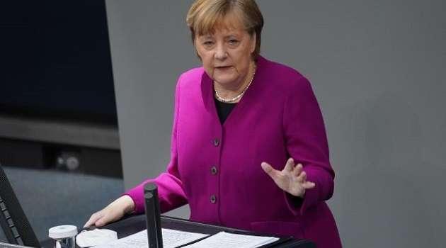 Рейтинг партии Меркель опустился до самого низкой за всю историю отметки