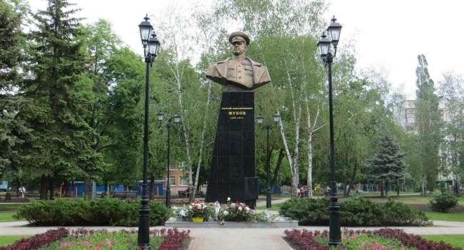 В Харькове будет стоять памятник Жукову, и проспект продолжит носить его имя –  Терехов