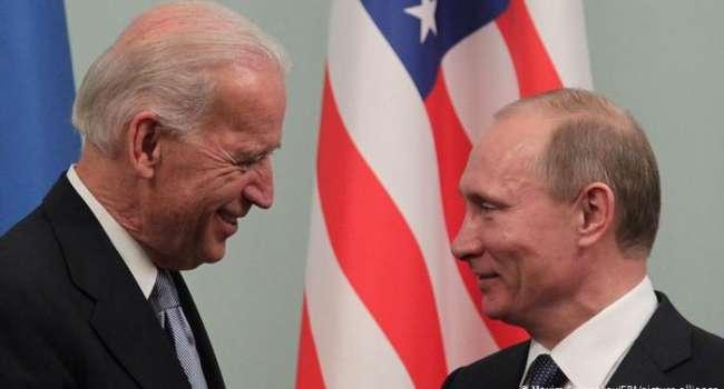 «Взрыв крупнейшего трубопровода в США»: Байден заявил о встрече с Путиным
