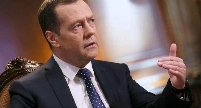 «Попытка окончательно уничтожить политика, который ничего не боится»: Медведев прокомментировал арест Медведчука