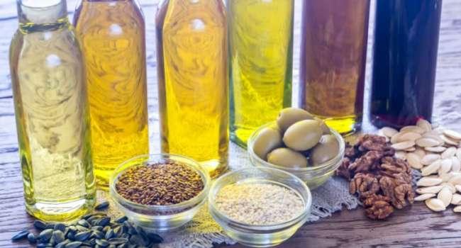«И для салата, и для жарки»: диетолог назвала лучшее масло
