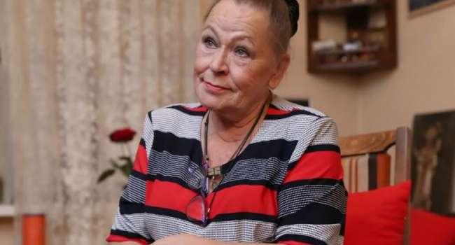 «Похоронить рядом с сыном»: актриса Рязанова не смогла смириться с потерей близкого человека