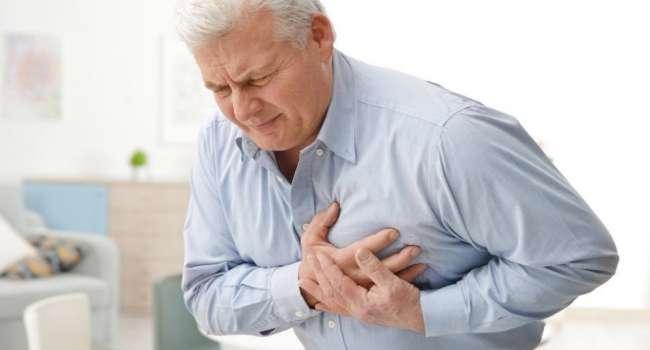Невролог рассказал о неочевидном признаке приближающегося сердечного приступа