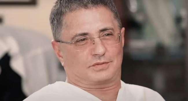 «Переводят человека в группу риска»: Мясников призвал отказаться от таблеток скорой помощи
