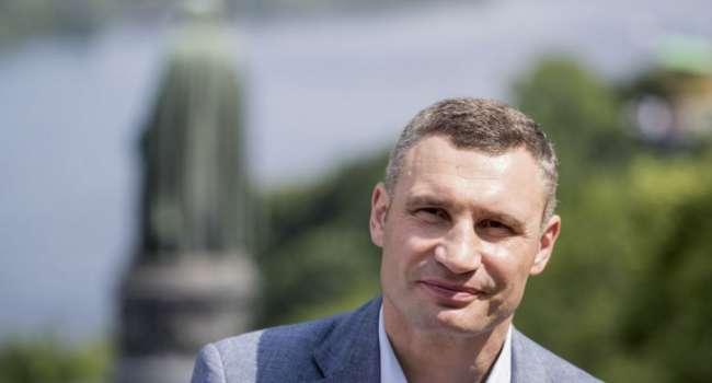 Блогер: Кличко решил первым делом заняться решением своих проблем, а аварии в Киеве пусть пока подождут
