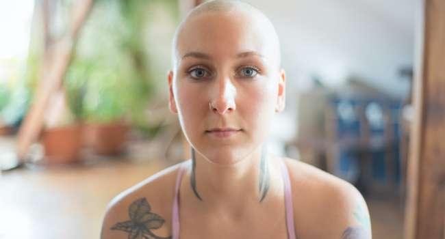 «Кровь в моче и потеря аппетита»: Врачи назвали страшные симптомы рака почек