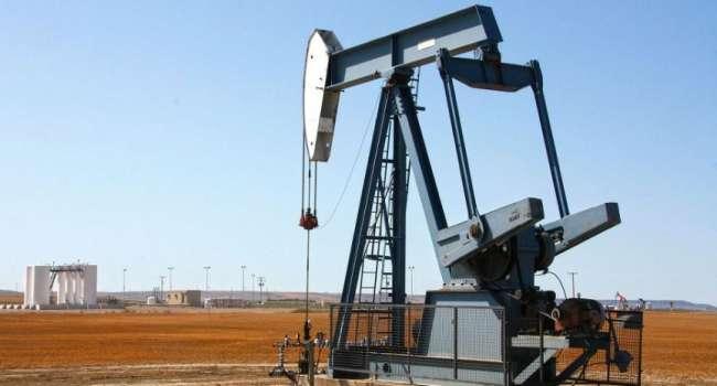 «Будет снижаться»: аналитик рассказал о ценах на нефть до конца этого года