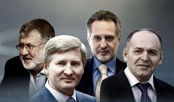Политолог: так, как пытаются «бороться» с олигархами сейчас в Украине, так «боролись» в России на рубеже «нулевых» годов