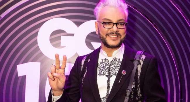 «Дрессирую артистов, сучек и кобелей»: в сети бурно комментируют новое фото Киркорова, указав, что он похож на клоуна