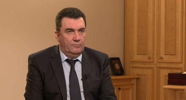 «Война прекратиться сразу же…»: Данилов знает, когда завершатся бои на Донбассе