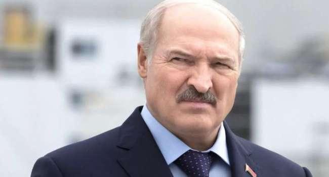 «Судя по периодическим возмущенным заявлениям»: политолог рассказал, какую информацию Россия получает от Лукашенко