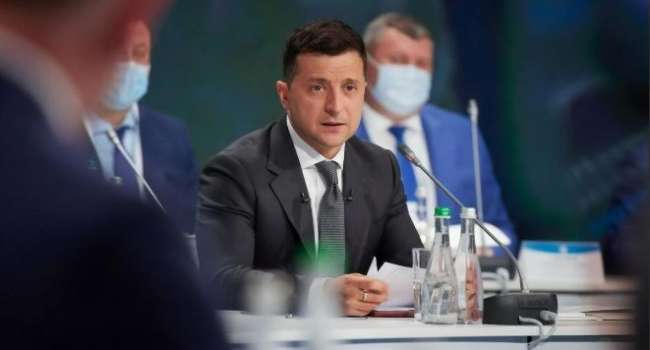 Бывший депутат заявил, что США загонят Зеленского в ловушку