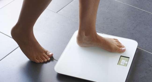 Медики назвали главные привычки, мешающие сбросить вес
