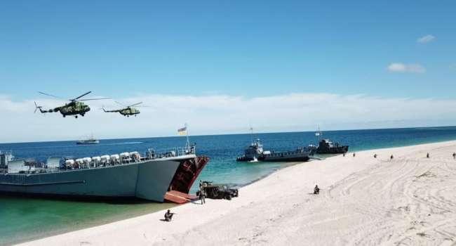 «Морская авиация, корабли, пехота и ВВС»: Масштабные учения ВМС ВСУ в Черном море попали на кадры